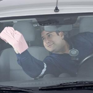 Auto stiklu līdzekli